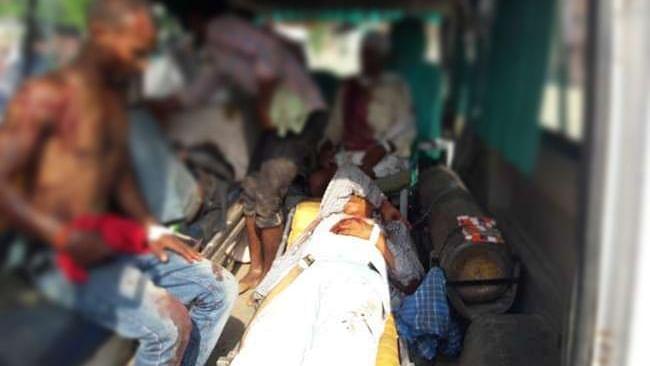यूपी: सोनभद्र में जमीन विवाद में  खूनी संघर्ष, ताबड़तोड़ फायरिंग में बिछी 9 लाशें, सीएम योगी ने मांगी रिपोर्ट
