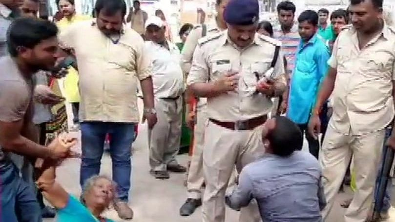 नवजीवन बुलेटिन: बिहार के सारण में भीड़ ने मवेशी चोरी के आरोप में 3 को पीट-पीटकर मार डाला, इस वक्त की 4 बड़ी खबरें