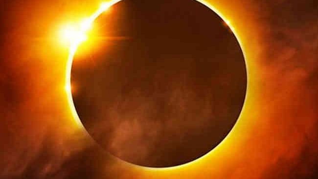 पूर्ण सूर्य ग्रहण आज, जानें कहां-कहां दिखेगा और क्या होगा असर!