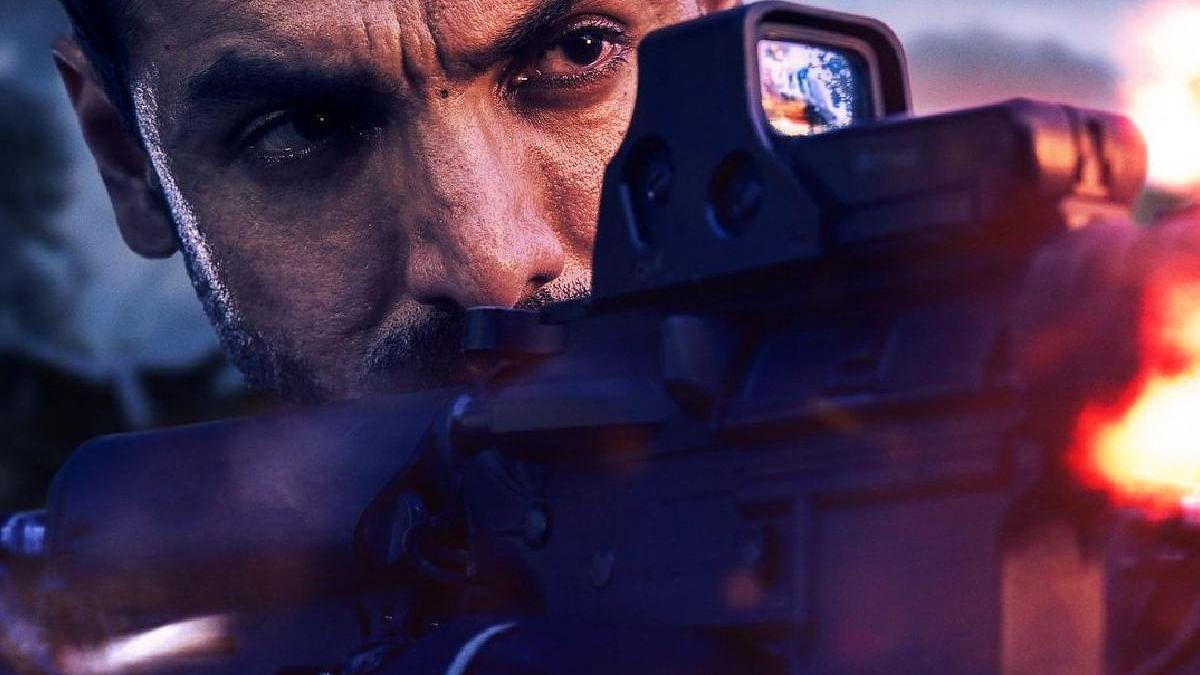 सिनेजीवन: शाहरुख की आलोचना कर फंस गए पाकिस्तानी अभिनेता शान और अपनी पसंदीदा शैली के साथ लौट रहे हैं जॉन अब्राहम