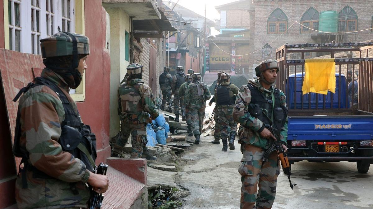 जम्मू-कश्मीर: अमरनाथ यात्रा के बीच पुलवामा में आतंंकियों ने स्थानीय नागरिक को मारी गोली