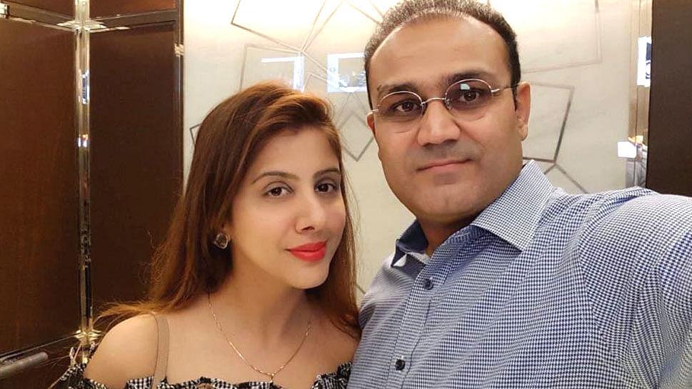 जानिए क्रिकेटर वीरेंद्र सहवाग की पत्नी को किसने लगाया 4.5 करोड़ का चूना, धोखाधड़ी का केस दर्ज