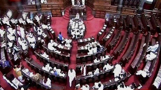 संसद में  सोनभद्र नरसंहार की गूंज, कांग्रेस सांसदों ने किया प्रदर्शन, 'तानाशाही बंद करो' के लगाए नारे