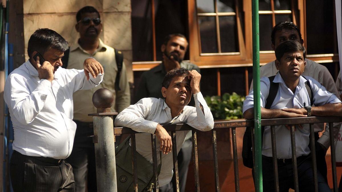 मोदी सरकार के बजट के बाद बाजार की बदहाली जारी, शेयर बाजार खुलते ही निफ्टी और सेंसेक्स धड़ाम