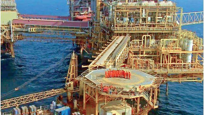 खतरे की घंटीः चारों बड़ी सरकारी तेल कंपनियों के लाभ में लगातार होती जा रही है कमी