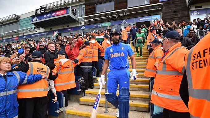 शास्त्री और विराट कोहली को रोहित शर्मा का जवाब, कहा- मैं सिर्फ टीम के लिए ही नहीं बल्कि देश के लिए खेलता हूं