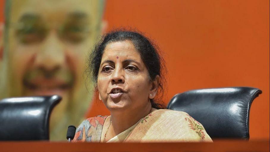 वित्त मंत्री निर्मला सीतारमण के डिनर से दूरी बनाने के बाद अब पत्रकारों ने प्रेस कांफ्रेंस का किया बहिष्कार