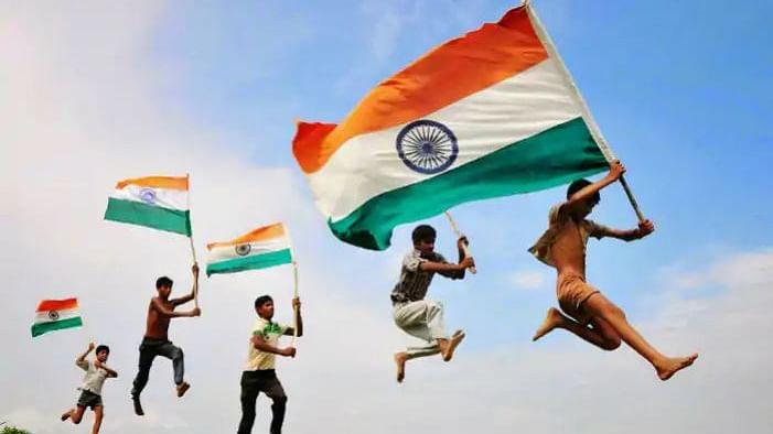 चुनाव और संख्याओं का खेल नहीं लोकतंत्र, देश को एक अलग राजनीति की कल्पना की जरूरत