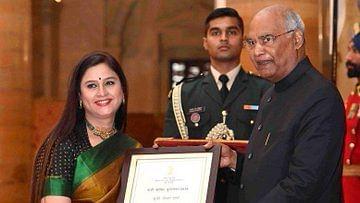 दूरदर्शन की वरिष्ठ एंकर नीलम शर्मा का निधन, 'नारी शक्ति' समेत कई पुरस्कारों से थीं सम्मानित