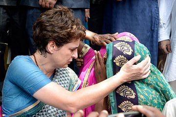 फिर सोनभद्र जाएंगी प्रियंका गांधी, 13 अगस्त को नरसंहार पीड़ितों से करेंगी मुलाकात