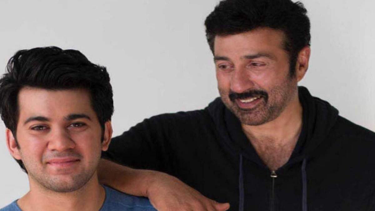 सिनेजीवन: बेटे करण के डेब्यू से भावुक हुए सनी और सुनील शेट्टी के बेटे अहान ने डेब्यू फिल्म की शूटिंग शुरू की