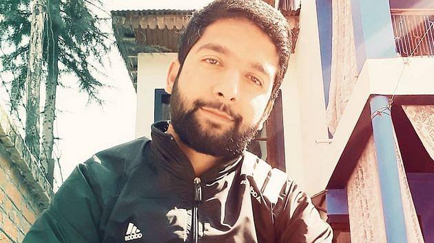 कश्मीरी पत्रकार को आधी रात उठा ले गई पुलिस, दो दिन बाद भी कोई नहीं बता रहा क्यों हुई गिरफ्तारी