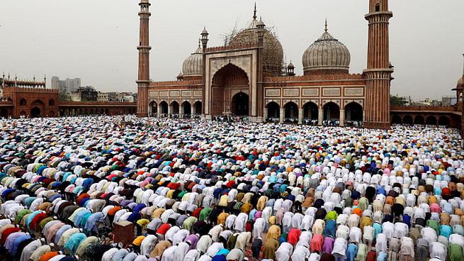 बिहार : मुजफ्फरपुर में मुस्लिम समुदाय के लोगों ने कुबार्नी टालकर पेश की सद्भावना की मिसाल
