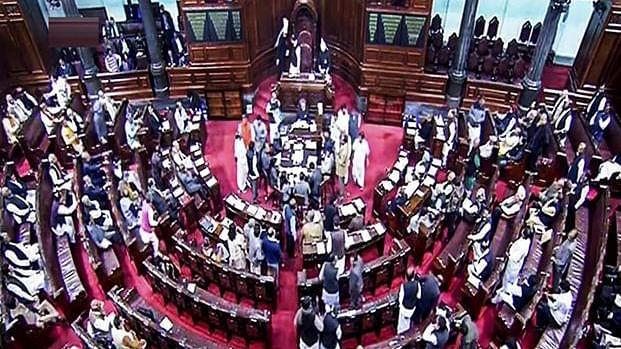 मोदी सरकार ने हटाई जम्मू-कश्मीर से धारा 370, दो टुकड़ों में बंटा राज्य, जम्मू-कश्मीर अब केंद्र शासित प्रदेश, लद्दाख अलग