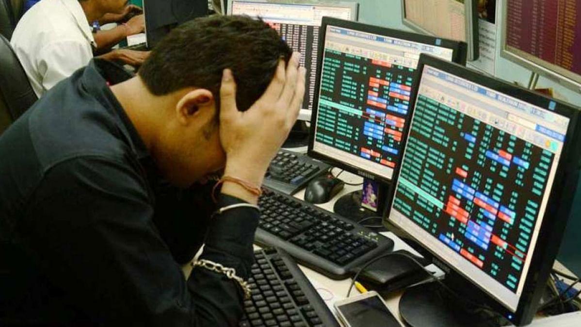 शेयर बाजार में कोहराम, 1500 से ज्यादा अंक तक टूटा सेंसेक्स, निफ्टी भी धड़ाम
