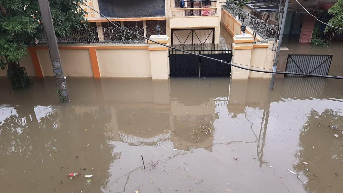 वीडियो: भारी बारिश से डूब गया पटना का ऐतिहासिक गांधी मैदान, सड़कें जलमग्न, नालंदा अस्पताल में भरा पानी
