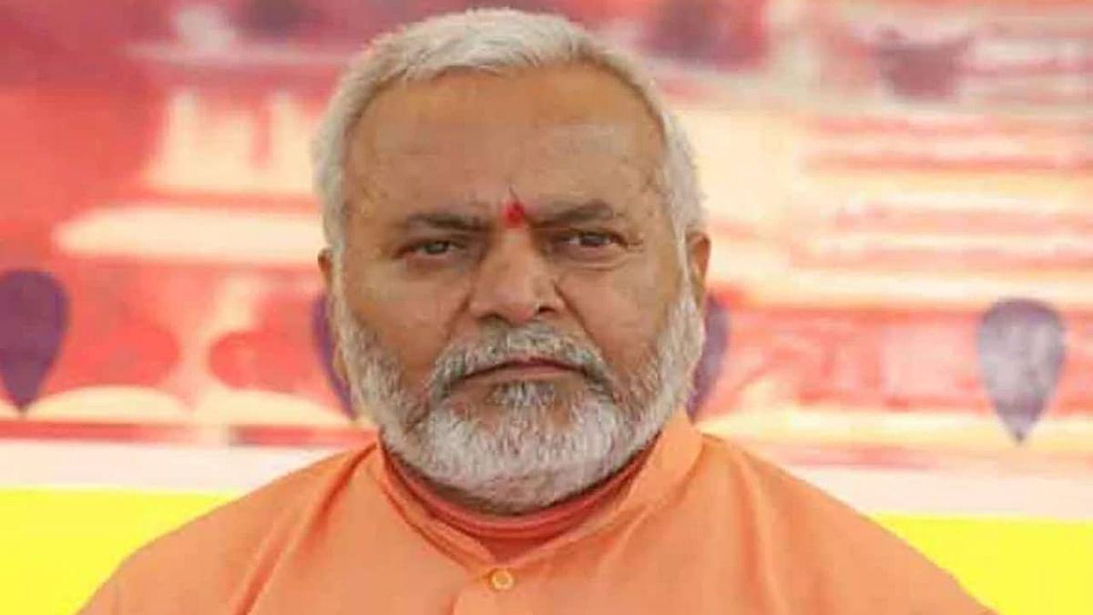 शाहजंहापुर केस: चिन्मयानंद को सरंक्षण दे रही योगी सरकार? गिरफ्तारी नहीं होने पर प्रियंका ने उठाए गंभीर सवाल