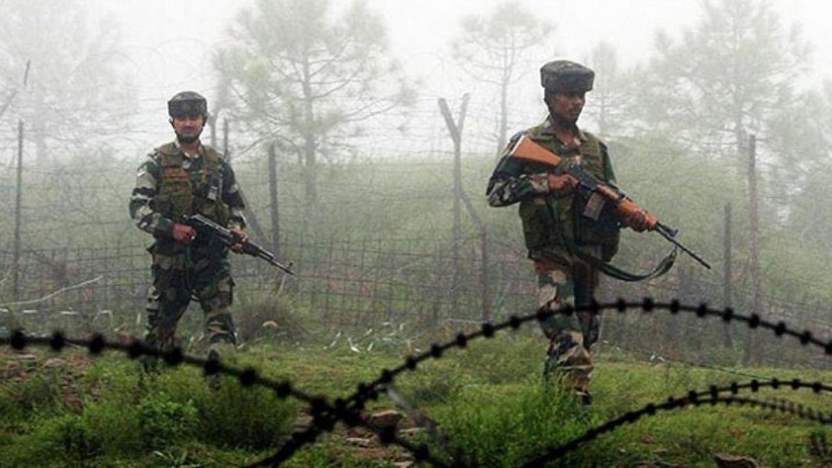 LoC पर हलचल तेज, पाकिस्तान ने तैनात की एक और ब्रिगेड, भारतीय सेना हाई अलर्ट