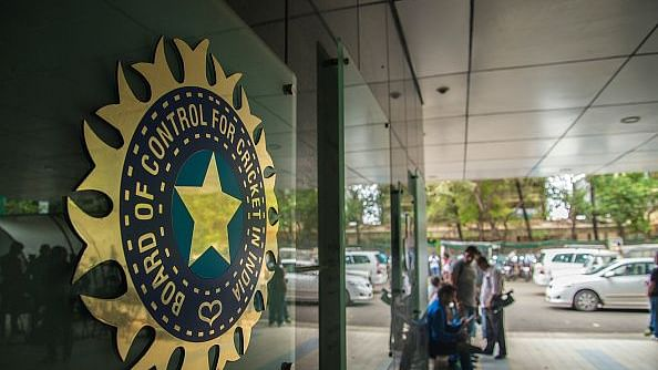 भारतीय महिला क्रिकेटर पर मैच फिक्सिंग का साया, बीसीसीआई एसीयू चीफ का  सुझाव, 'वैध हो सट्टेबाजी'