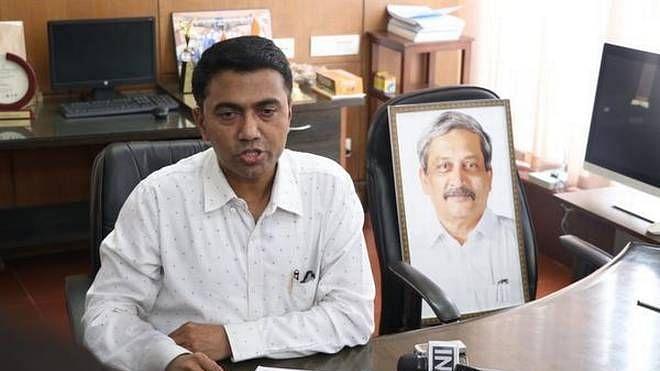 क्या गोवा की बीजेपी सरकार पर्रिकर के परिवार को निशाना बना रही है? सीएम पर लगे गंभीर आरोप