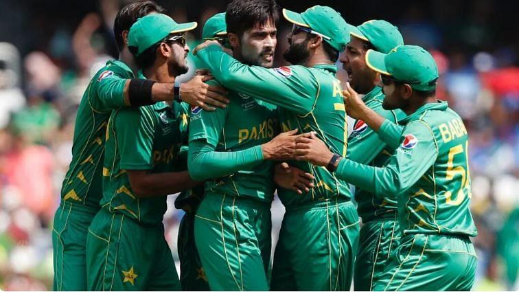 पाकिस्तानी क्रिकेट खिलाड़ियों को अब नसीब नहीं होंगे बिरयानी, मिठाई और पिज्जा, जानिए क्या है मामला