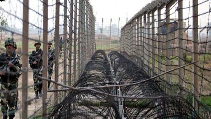 नवजीवन बुलेटिन: LOC के रास्ते भारत में आतंकी भेजने की पाकिस्तान की साजिश! गुजरात में धराशाई हुई 3 मंजिला इमारत