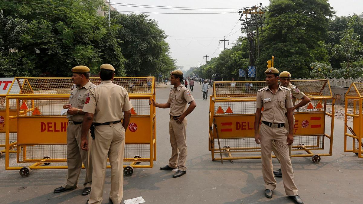 चुनावी मौसम की 'गरमी' में बीजेपी पर भारी न पड़ जाए दिल्ली पुलिस की 'नरमी'!