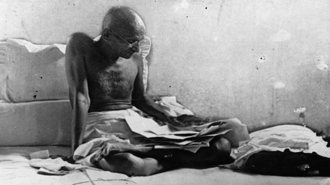 सार्वजनिक धन पर गरीबों का हक मानते थे गांधी जी, उस विचार के खिलाफ है मोदी सरकार का कॉरपोरेट टैक्स कटौती