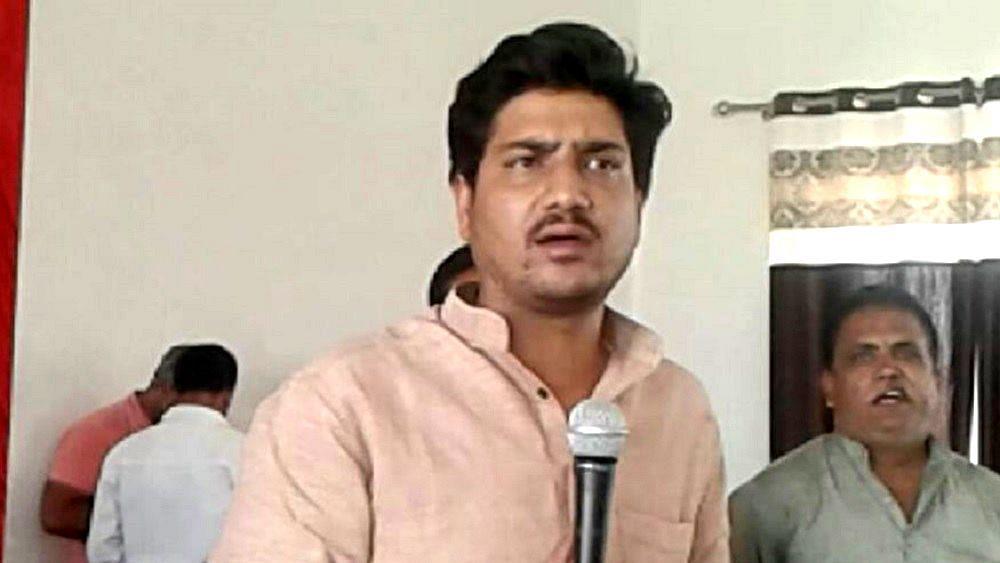 उत्तर प्रदेश: समाजवादी पार्टी के इस विधायक पर लटकी कुर्की की तलवार, कोर्ट कर चुका है भगोड़ा घोषित