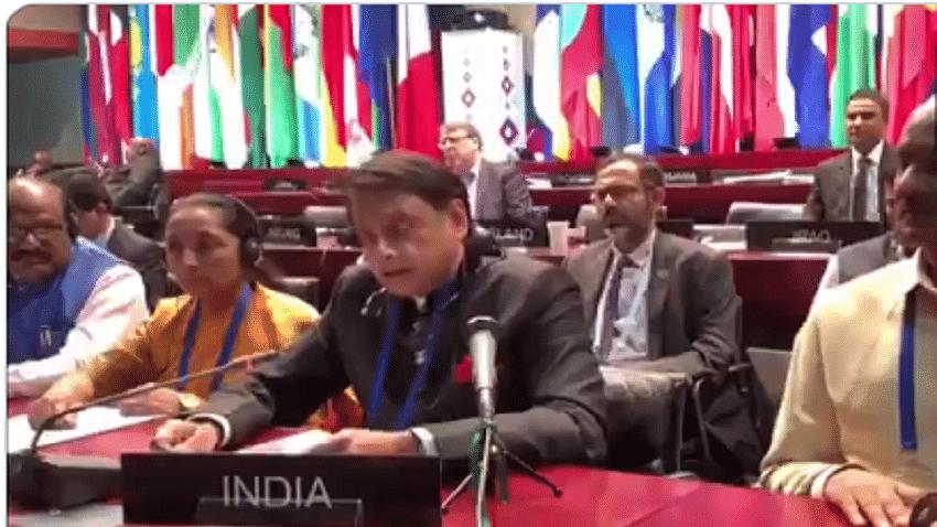 बड़ी खबर LIVE: बेलग्रेड के सम्मेलन में शशि थरुर ने पाक को लताड़ा, कहा- भारत में दखल देने की जरूरत नहीं