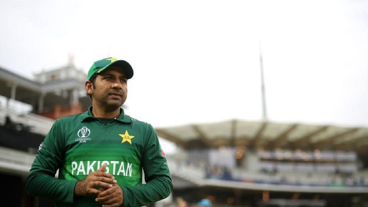 पाकिस्तान की कप्तानी से सरफराज अहमद की छुट्टी,ऑस्ट्रेलिया दौरे से भी बाहर, अजहर अली-बाबर को मिली नई जिम्मेदारी