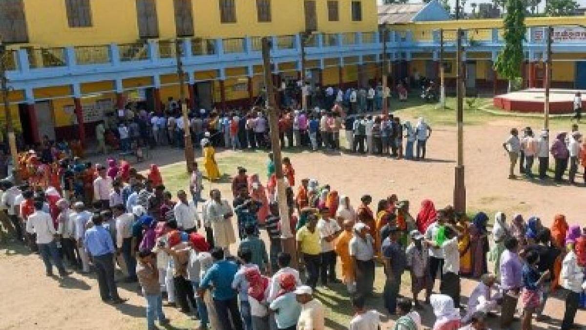 महाराष्ट्र-हरियाणा में विधानसभा चुनाव आज, दूसरे राज्यों की 64 सीटों के लिए भी मतदान आज