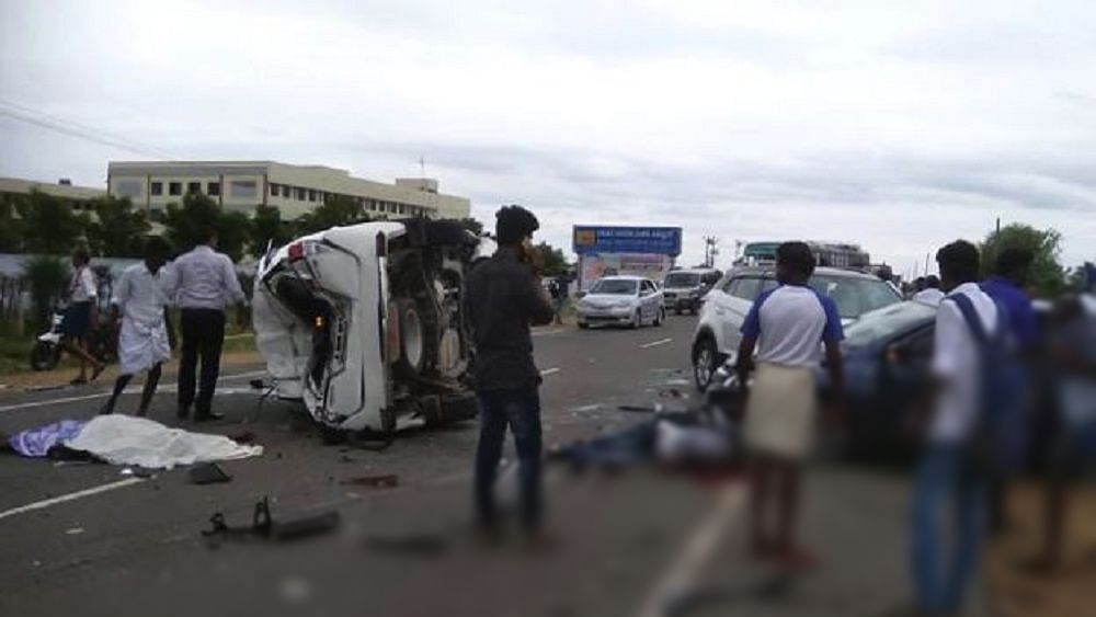 मध्य प्रदेश: उमा भारती के विधायक भतीजे की कार से भीषण हादसा, तीन लोगों की दर्दनाक मौत, विधायक ने दी ये दलील