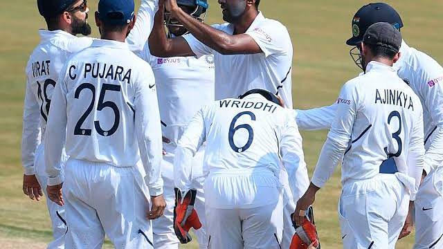 पुणे टेस्ट: 4 विकेट लेकर तीसरे दिन के स्टार बने अश्विन, 275 रनों पर ढेर हुई दक्षिण अफ्रीका