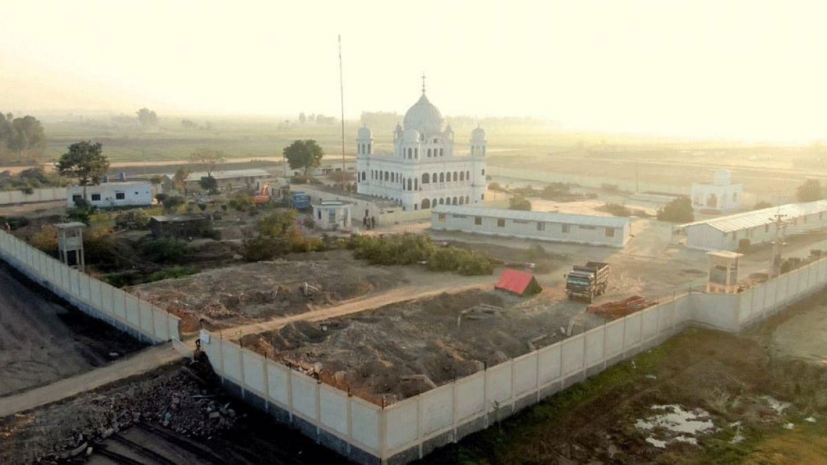 भारत-पाकिस्तान ने करतारपुर कॉरीडोर समझौते पर किया हस्ताक्षर, अब बगैर वीजा जा सकेंगे करतारपुर