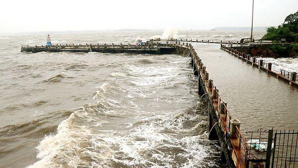 कर्नाटक में दिवाली 'काली' कर सकता है तूफान 'क्यार', मौसम विभाग ने इन जगहों के लिए जारी किया अलर्ट