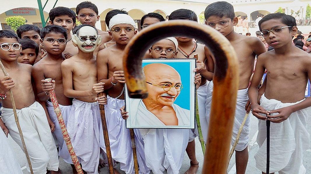 किशोरों और युवाओं में गांधी के प्रति जबर्दस्त आकर्षण, लेकिन इस जुड़ाव को  टिकाऊ बनाना सबसे बड़ी चुनौती