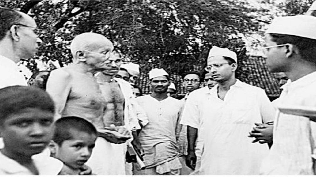 राम पुनियानी का लेखः अपने समय के महानतम हिन्दू से सर्टिफिकेट चाहता है संघ, इसलिए गांधी के नाम पर हो रहा दिखावा