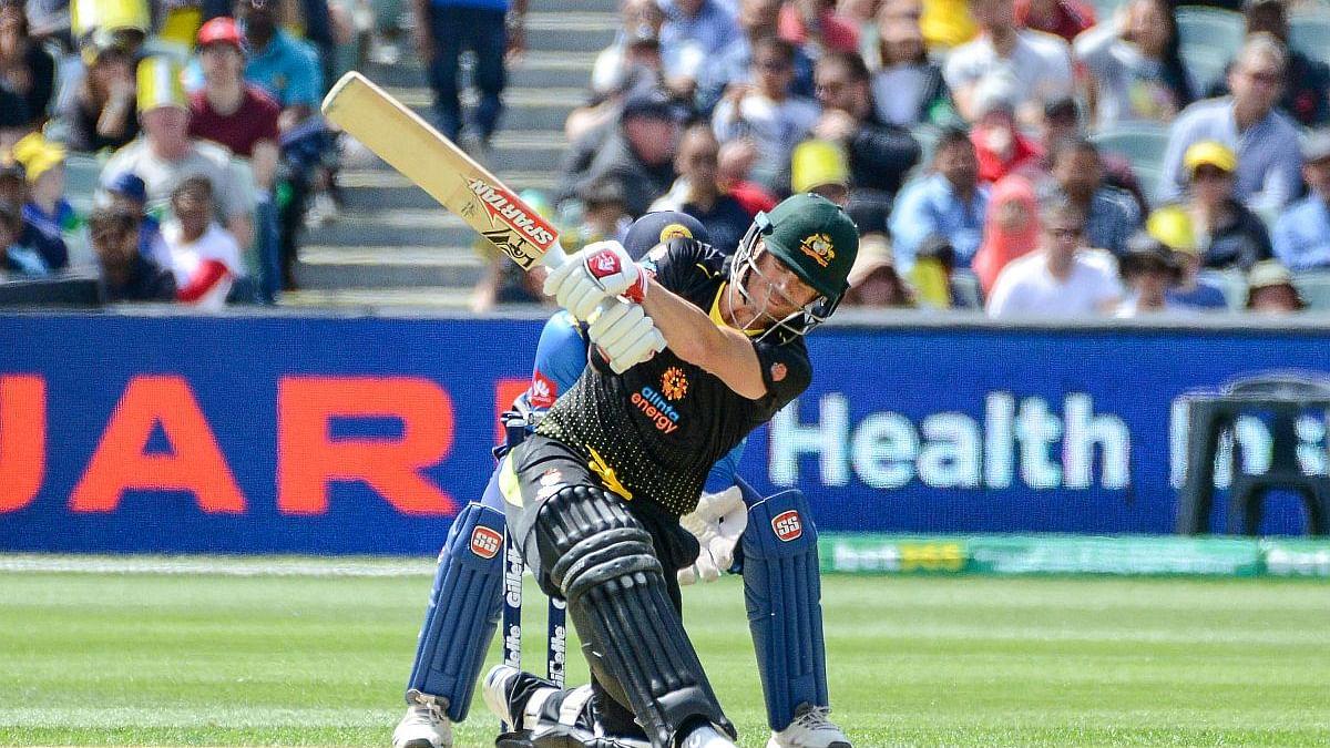 ऑस्ट्रेलिया ने जीता पहला टी-20 मैच, 233 के लक्ष्य के सामने 99 पर ही ढेर हुई श्रीलंका की टीम, वार्नर ने जड़ा शतक
