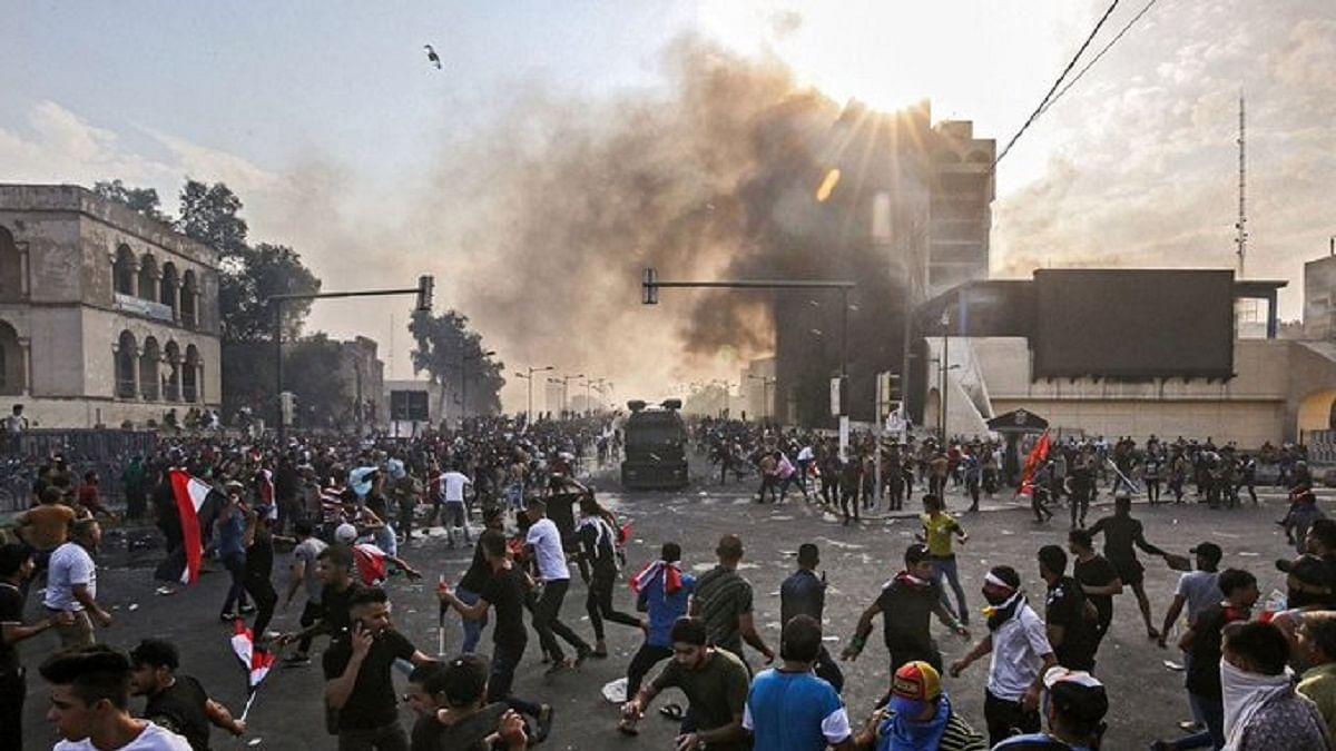 बेरोजगारी, भ्रष्टाचार के खिलाफ प्रदर्शन करने वालों पर बरसाई गोलियां, 31 लोगों की मौत, 1500 लोग घायल