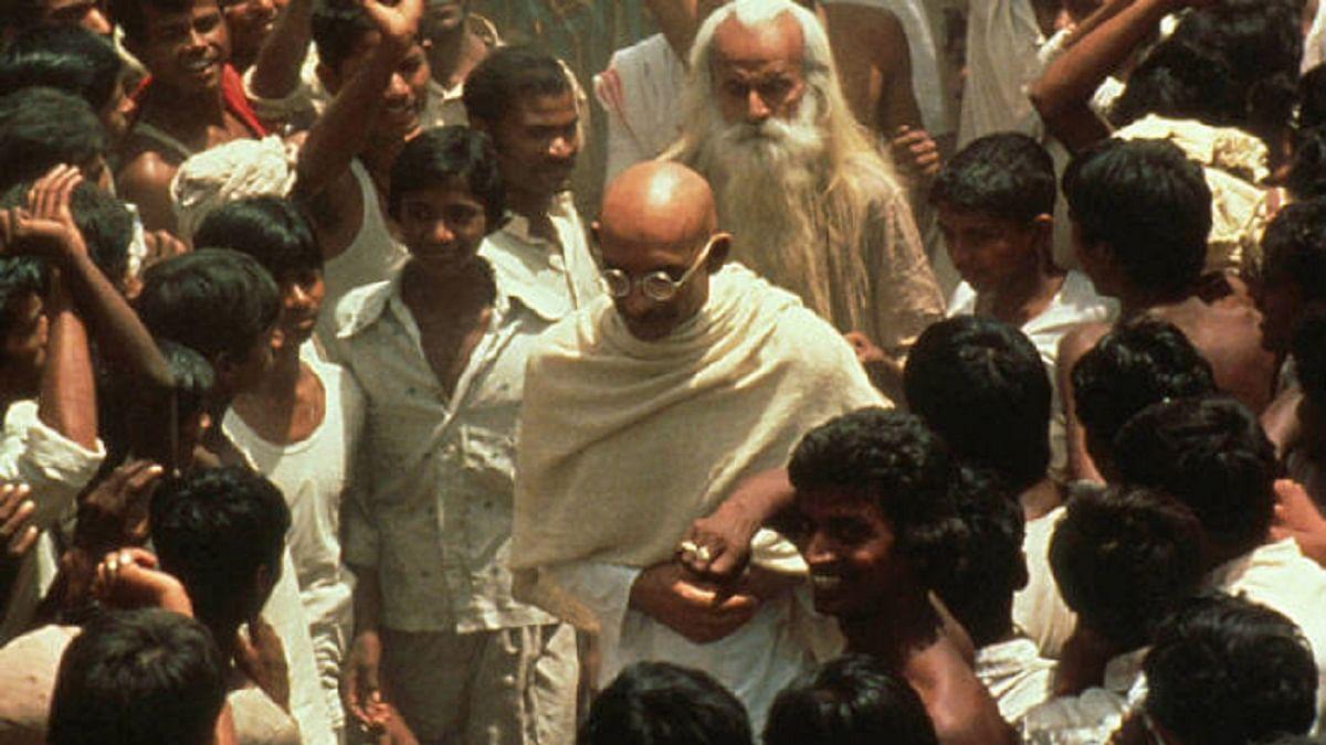 गांधी 150: आजादी के बाद महात्मा गांधी पर फिल्म बनाना चाहते थे नेहरू, रिचर्ड एटनबरो ने 'गांधी' बनाकर रचा इतिहास
