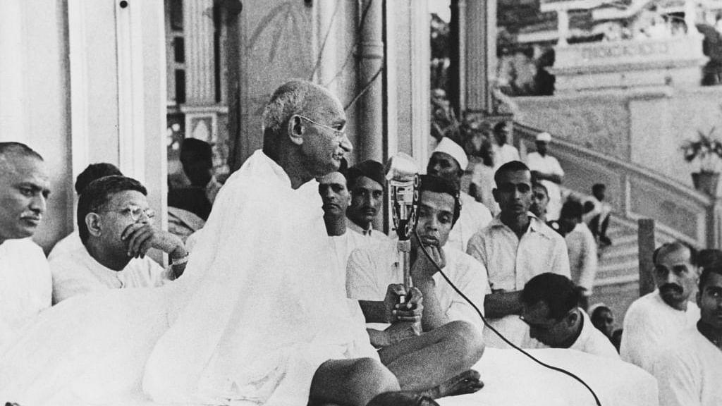 गांधी@150 : हमने गांधी की आंखें छोड़ दी हैं, ऐसे में उन्हें भला कहां खोजें