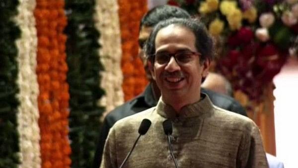 नवजीवन बुलेटिन: आज शाम को महाराष्ट्र के CM पद की शपथ लेंगे उद्धव ठाकरे और 100 रूपये/किलो हुई 1 किलो प्याज की कीमत