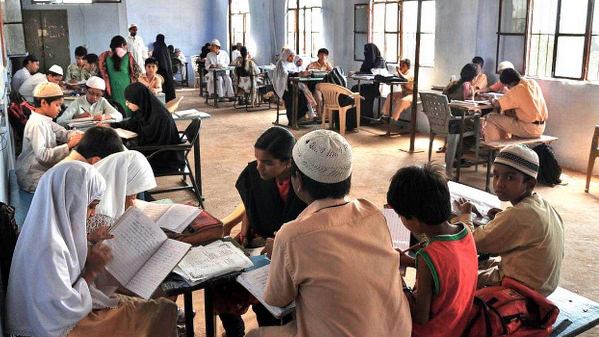 उत्तर प्रदेश: मदरसों के छात्रों को सामाजिक कार्यक्रमों से जोड़ने की कवायद, दी जाएगी NCC और NSS की ट्रेनिंग