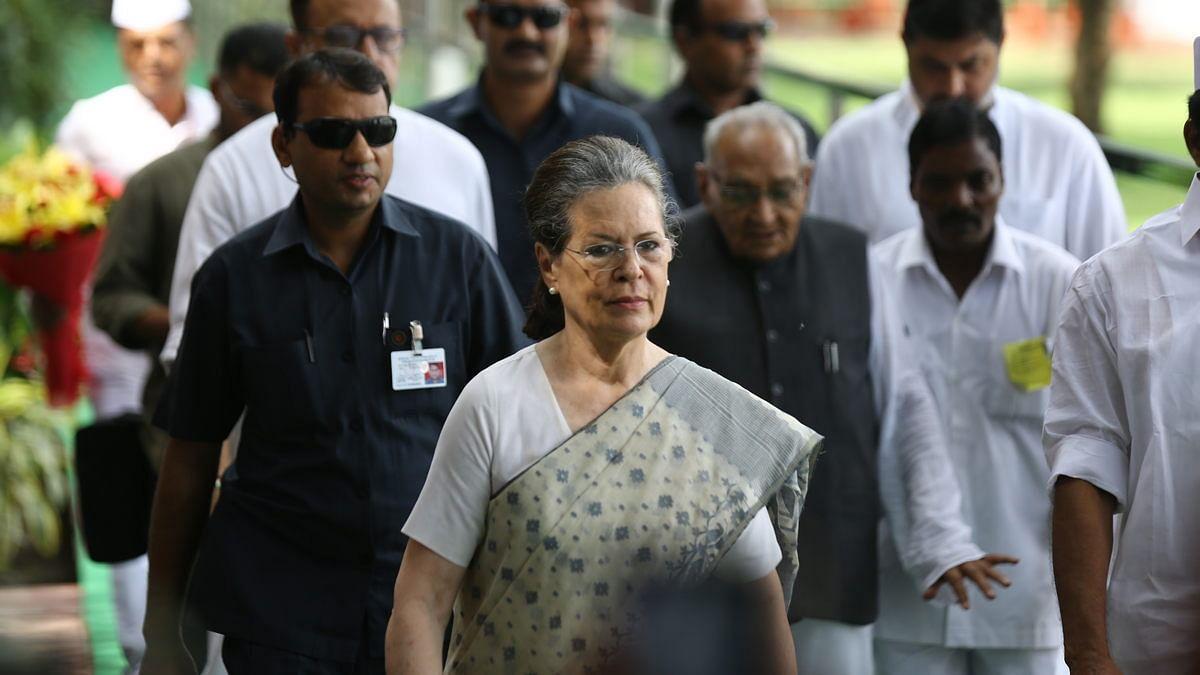 सोनिया गांधी ने एसपीजी प्रमुख अरुण सिन्हा को लिखा पत्र, कहा- हमारी सुरक्षा के लिए धन्यवाद