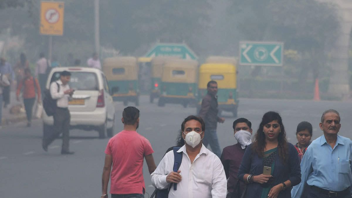 नवजीवन बुलेटिन: दिल्ली में हवा की गुणवत्ता फिर हुई खराब और सरकार गठन पर संजय राउत का बड़ा बयान