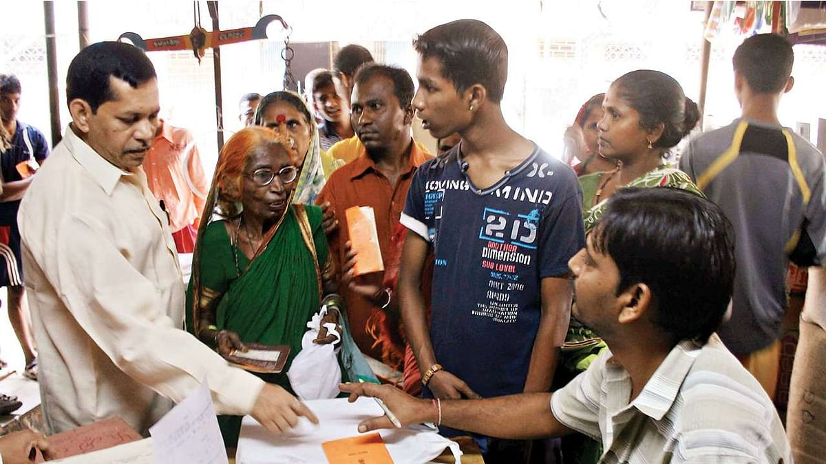 गरीबों को सस्ता अनाज देने वाली पीडीएस योजना के भ्रष्टाचार में यूपी-बिहार टॉप पर, दिल्ली में भी होता है घोटाला