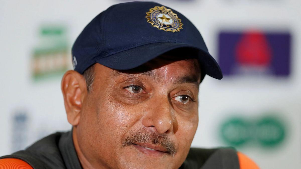 धोनी को लेकर बोले टीम इंडिया के कोच रवि शास्त्री, कहा-  कयास लगाने के बजाए IPL तक का इंतजार करें