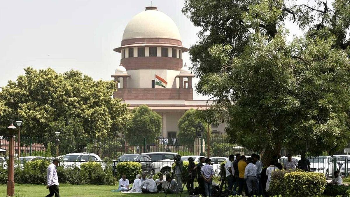 अयोध्या फैसले से पहले चीफ जस्टिस ने की सुरक्षा की समीक्षा, रंजन गोगोई से मिले यूपी के मुख्य सचिव और DGP