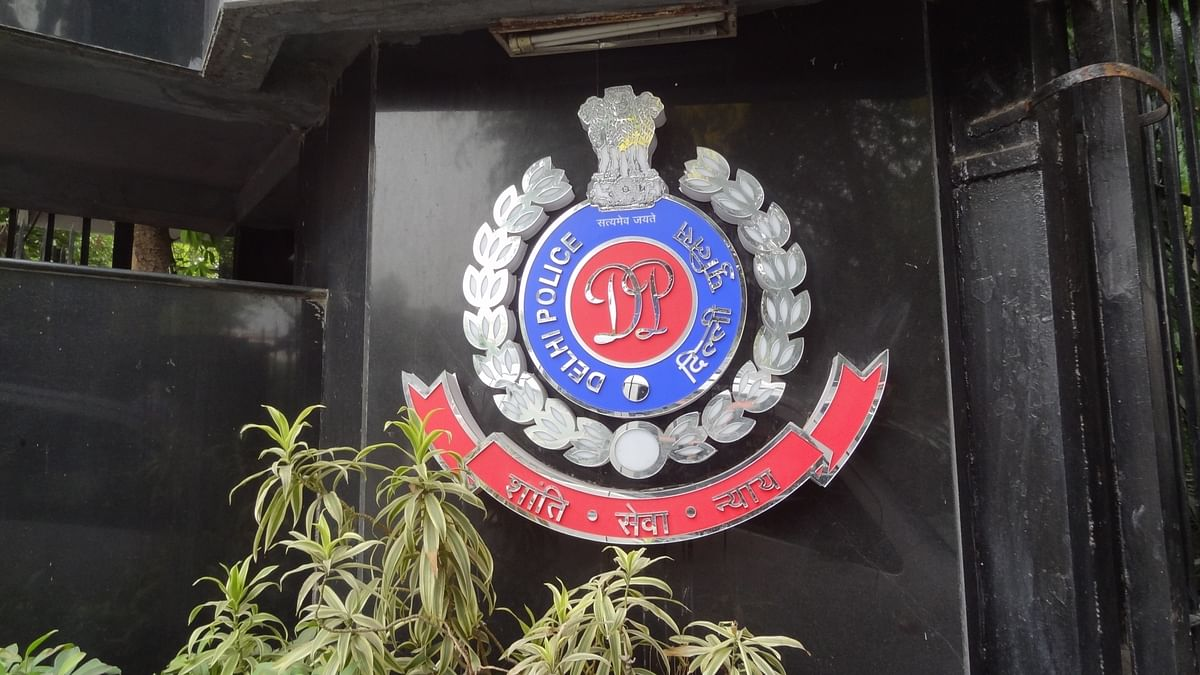 दिल्ली पुलिस के इंस्पेक्टर की चोरी गई कार मिली, 2 कत्ल की फाइलें गायब, पुलिस महकमे में हड़कंप
